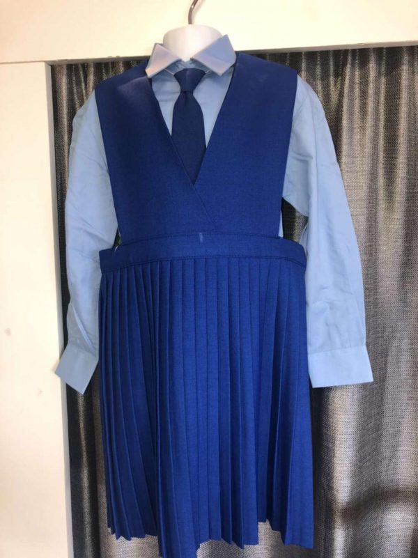 Mount-Sackville-Primary-Pinafore